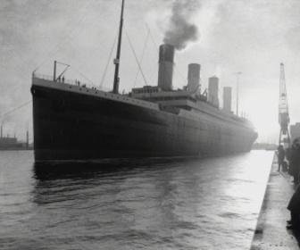 Titanic : de sang et d'acier replay