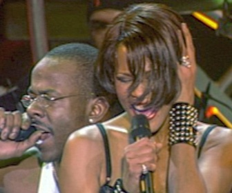 Replay Whitney - Can I Be Me